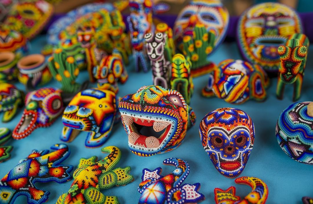 nanika-hecho-a-mano-mexique-huichol